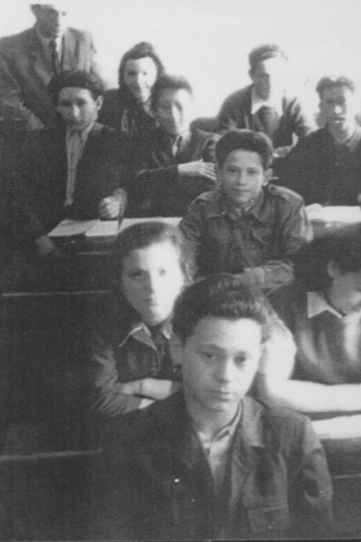 Philip (third row) in the Peretz school after the war. Lodz, circa 1946.